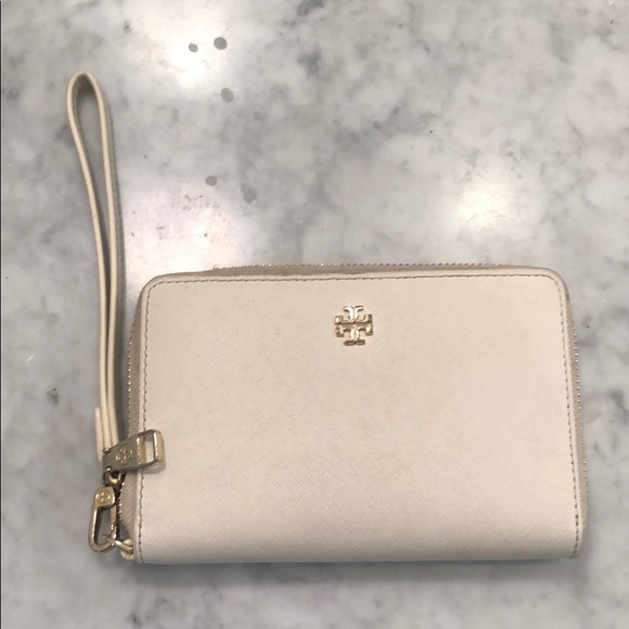 Tory Burch Handbags - Tory burch white wallet